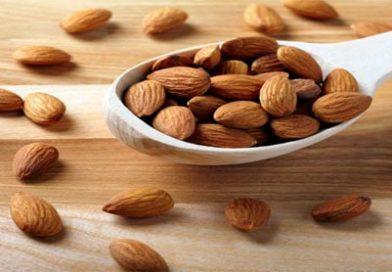 خواص بادام به همراه جدول ارزش غذایی