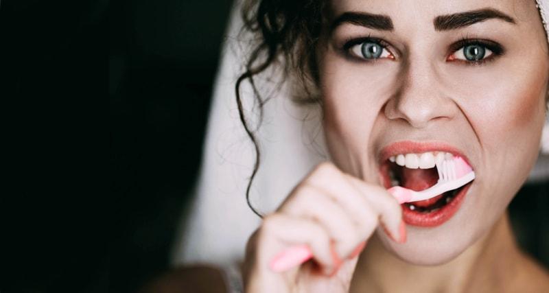 داروهای معالج بیماریهای دهان ، حلق ، لثه و دندانها