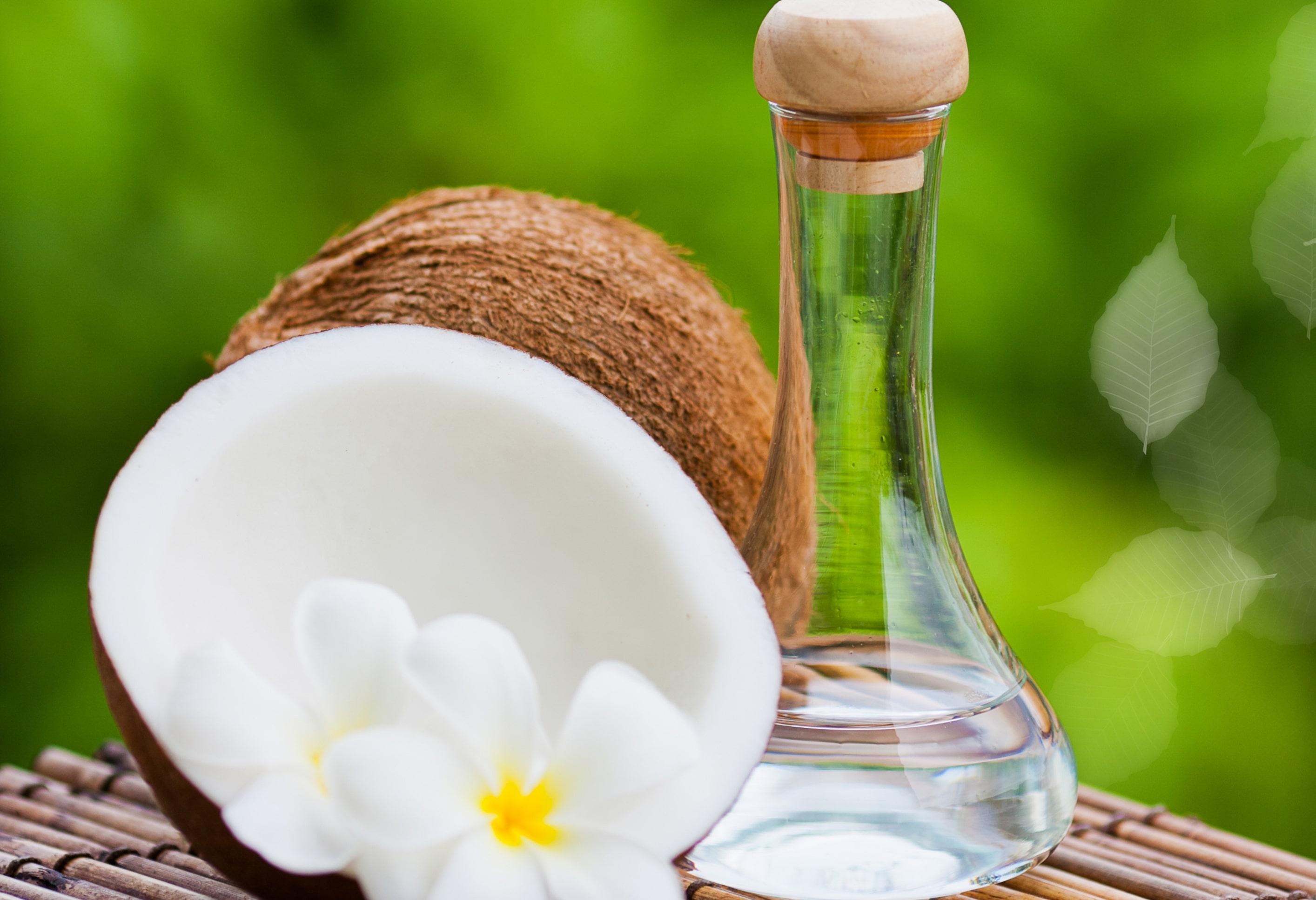 Coconut Oil min - خواص نارگیل و جدول ارزش غذایی آن