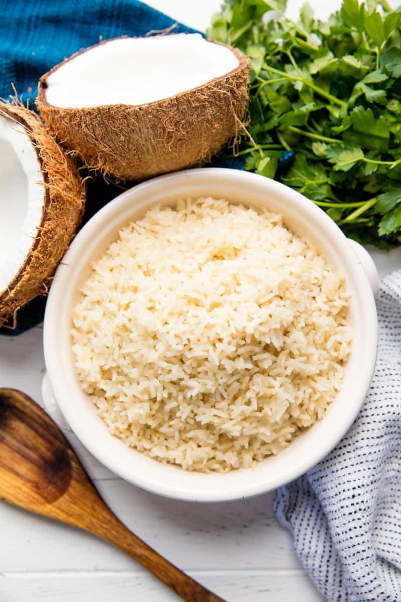 Coconut Rice 3 small min 1 - خواص نارگیل و جدول ارزش غذایی آن