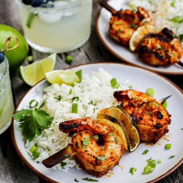 Grilled Margarita Shrimp Kebabs AFarmgirlsDabbles AFD 4 2sq 600x600 - کباب میگو