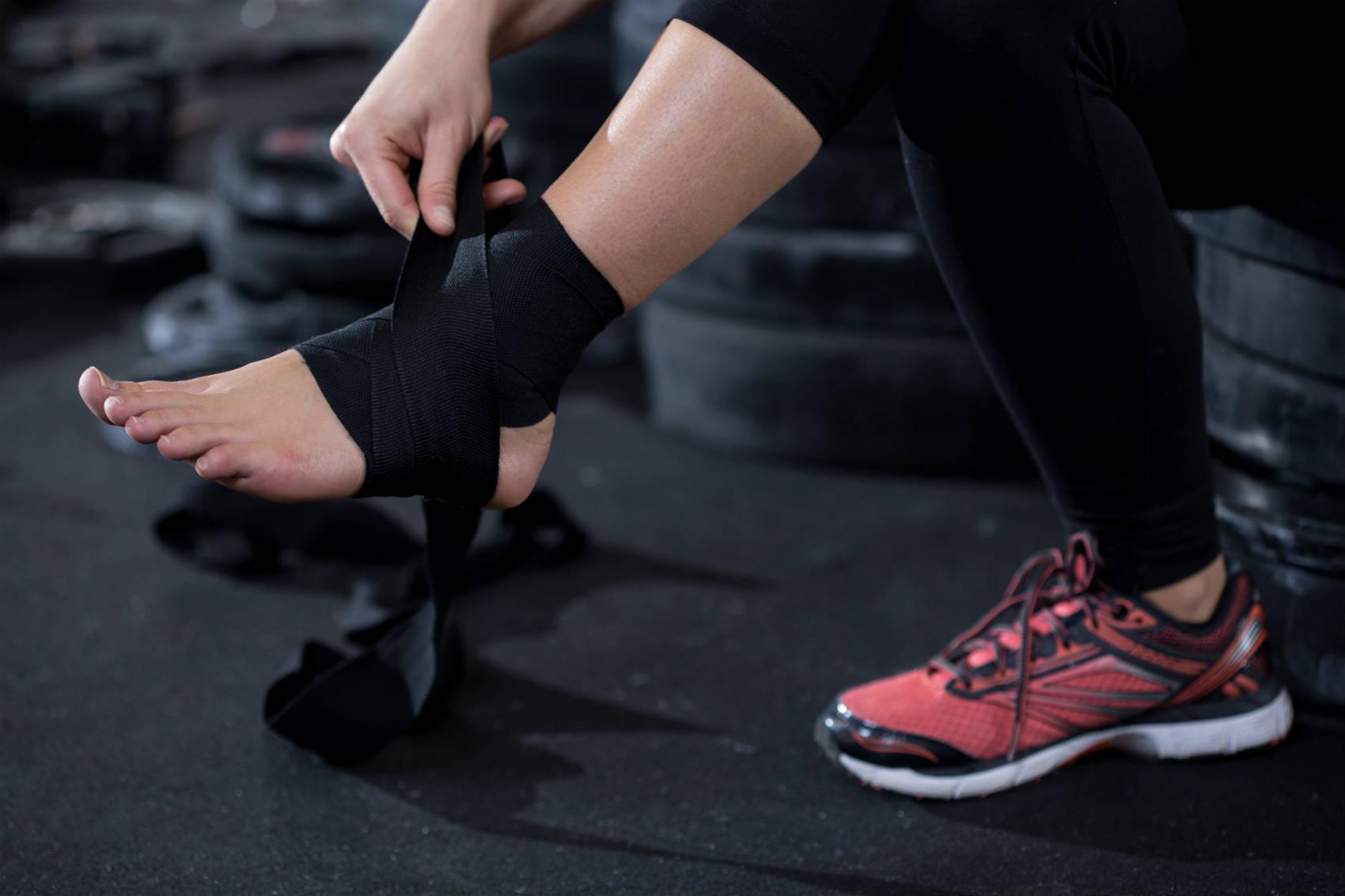 avoid workout injuries min - آسيبهای ورزشی